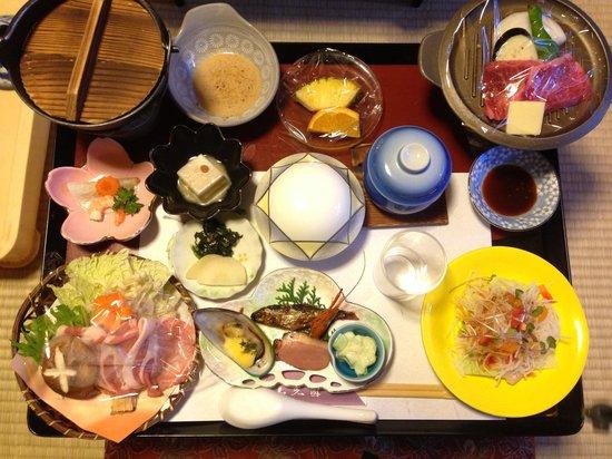Sankoen: 夕食