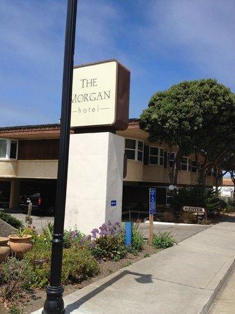 The Morgan at San Simeon : hotel grounds