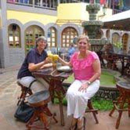 Casa Cubana: Our first full day in Granda.  Enjoying a drink before more shopping