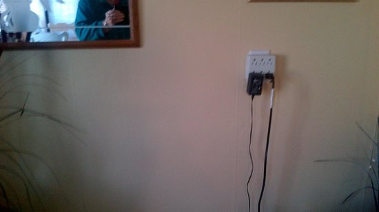 Butler's By The Sea Bed and Breakfast : Multi plugs