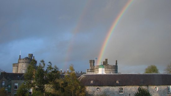 Pembroke Kilkenny: Double rainbow over the castle