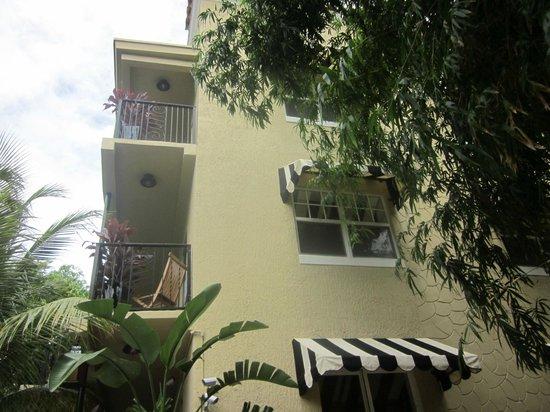 Sunbrite Apartments: Bedroom