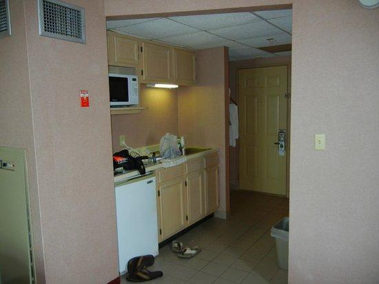 Americana Hotel : 2 Queen Room