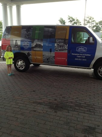 Hampton Inn and Suites Cape Cod - West Yarmouth: Shuttle