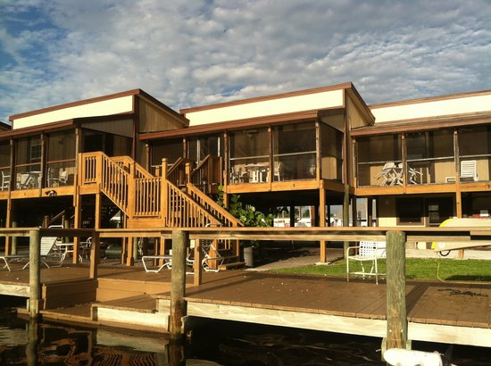 River Wilderness Waterfront Villas Photo