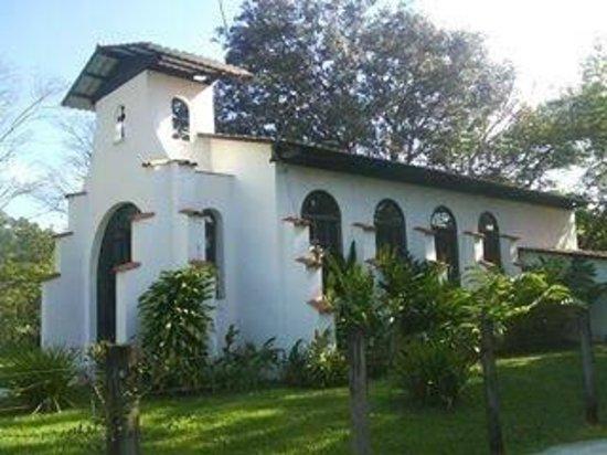 Hotel Hacienda El Jaral: ESTA ES LA IGLESIA DEL HOTEL