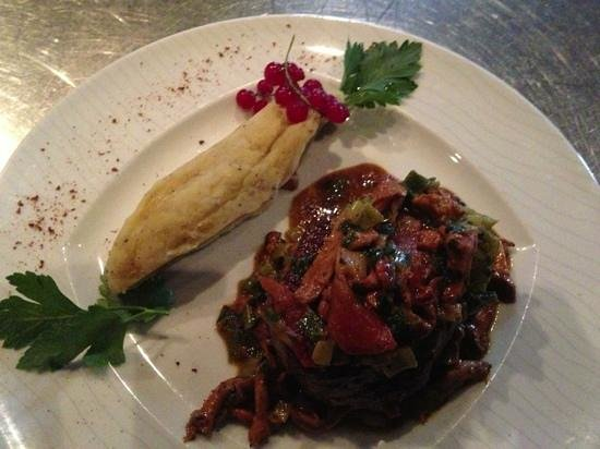 CapeTown: mhh. Steak mit Pfifferlingen & Süßkartoffelstampf