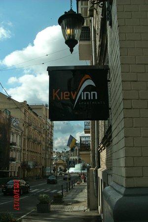 KievInn Apartment Complex: sign for Kiev Inn