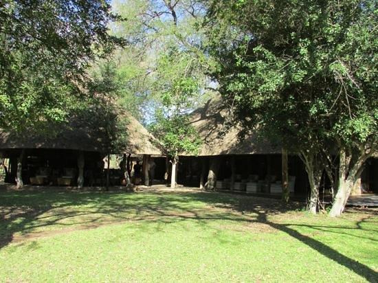 Dulini Lodge: main lodge
