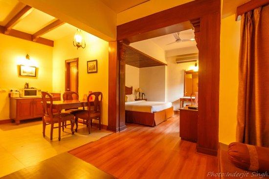Club Mahindra Naukuchiatal: Studio Room.