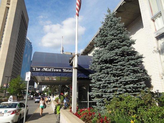 The Midtown Hotel: frente