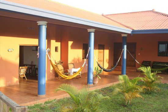 Hacienda Doña Carmen: relaxing outside of the rooms