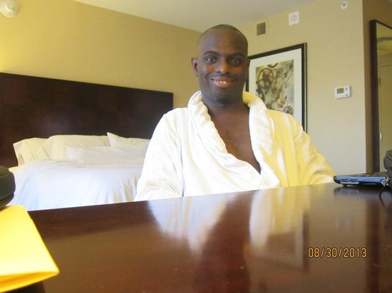 The Westin Alexandria : All smiles in my room.  Very pleased!