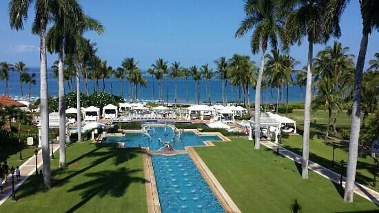 Grand Wailea - A Waldorf Astoria Resort : view from the breakfast