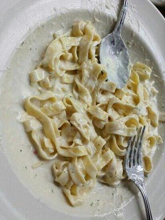 The Cheesecake Factory: Fettucini Alfredo