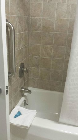 Bar Harbor Manor : Shower was very clean