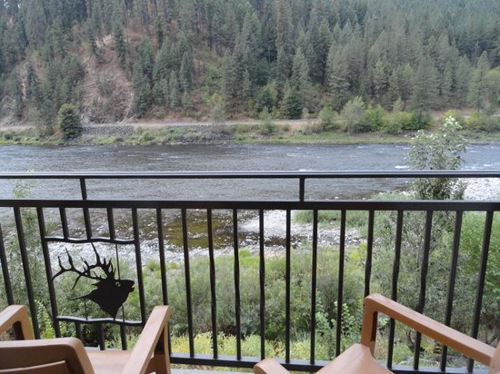 BEST WESTERN PLUS Lodge at River's Edge : View from the balcony