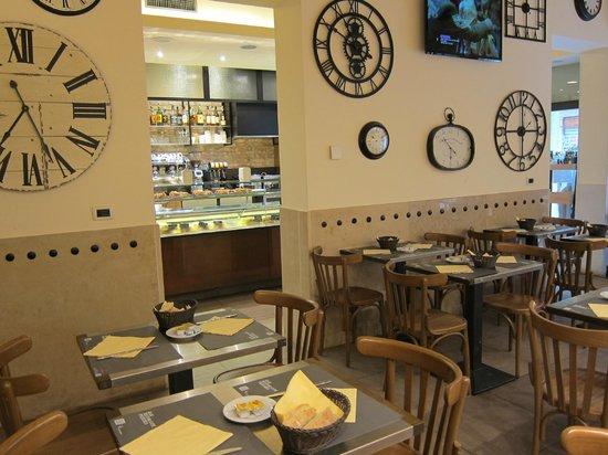 Hotel Adriatico: B/F in Cafe - La Lista Bistro