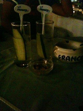 Franco's Bar: Hendricks tonic