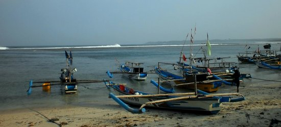 Sukabumi, Индонезия: Rows of Fishing Boats