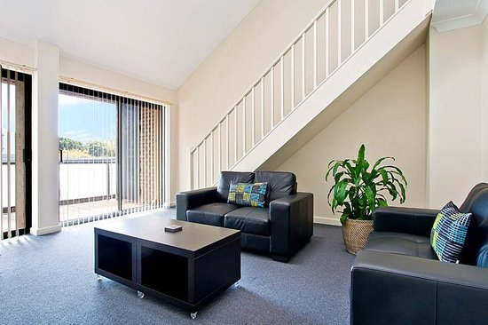 Ryals Serviced Apartments Camperdown Loft Apartment
