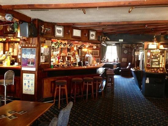 The Sportsmans Inn & Ivybridge Hotel: Bar