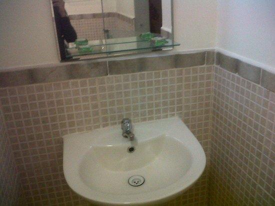 Las Condes Hs.: baño