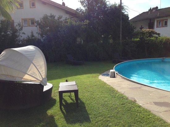 Hotel Minigolf : Relax in piscina