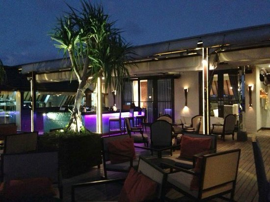 L Hotel Seminyak: L Hotel Roof Top Bar