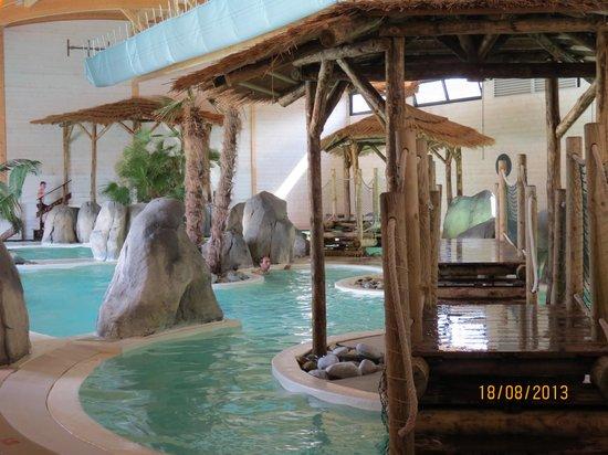 Camping La Rive: indoor pool