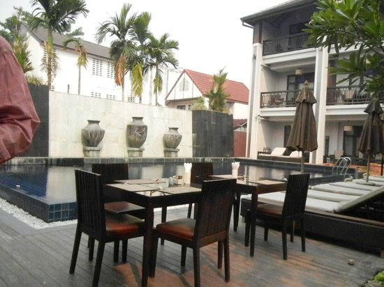 De Lanna Hotel, Chiang Mai: Breakfast or Dinner by the Pool