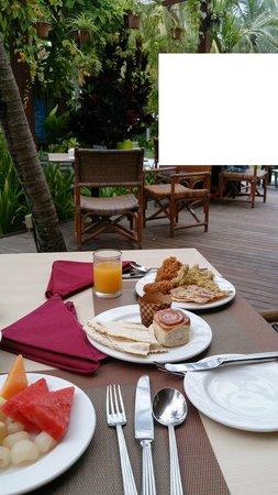 โรงแรมพาร์ครอยัลปีนัง: 朝食風景