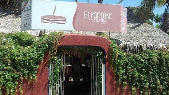 El Pancake House Entrance