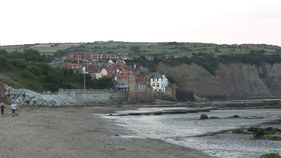 Scarborough to Whitby Rail Trail: Robin hoods bay