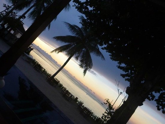 The Briza Beach Resort: Sunrize