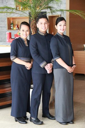 Shammah: Our Staff Ready to Serve You