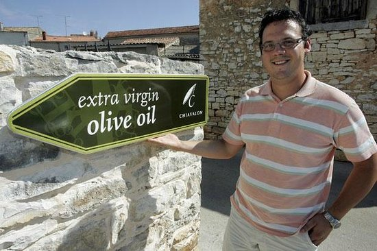 ‪Chiavalon Organic Extra Virgin Olive Oil‬