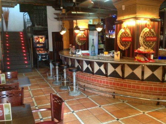 AREVACOS Lounge Cafe: Primera planta