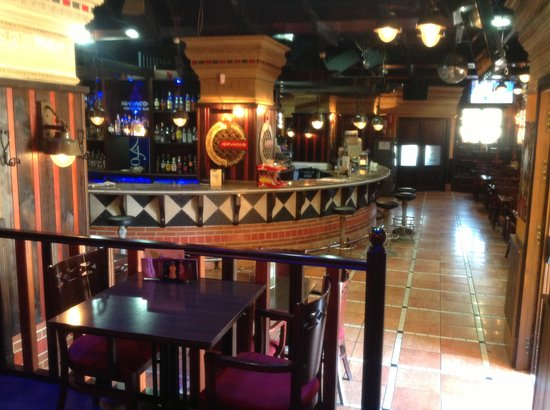 AREVACOS Lounge Cafe: Planta baja