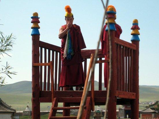 Erdene Zuu Monastery: Lamas
