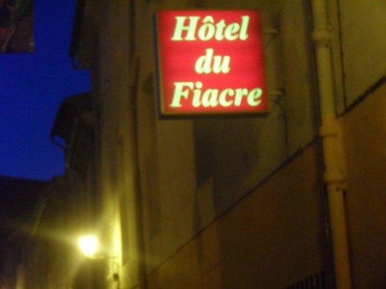 Hotel du Fiacre : Entrée de l'hotel