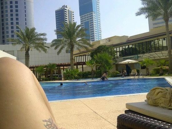 The Diplomat Radisson Blu Hotel, Residence & Spa: the pool was lovely