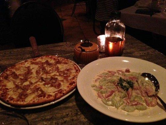 Napoli Ristorante & Pizzeria: Lucia pizza and gnocchi toscana