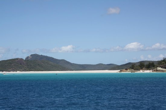 Whitsunday Island Adventure Cruises: Whitehaven Beach