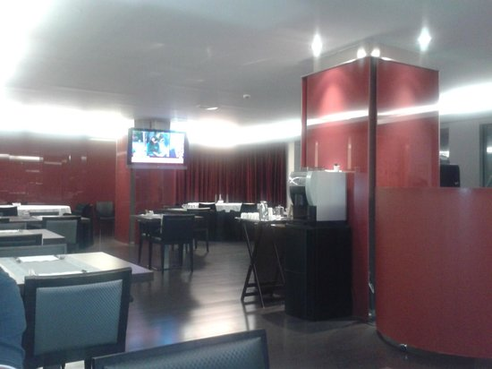 Vincci Zaragoza Zentro: Salón desayuno