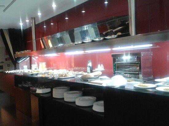 Vincci Zaragoza Zentro: Detalle variedad del desayuno