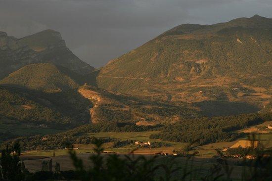 Yelloh ! Village Les Bois du Châtelas : Soleil couchant depuis notre chalet 513