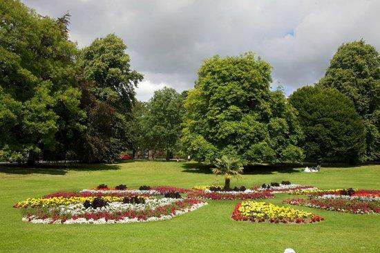 Roundhay Park: Monet gardens