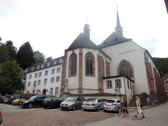 Trinitarian Church : church