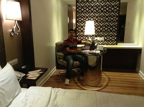 Savera Hotel: Suite